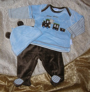 Petit Bears Infant Baby Boy Brown & Blue Set with Train 6-9MTH