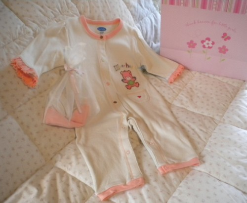 Bon Bebe Infant Baby Girl Peach Trim Outfit with Hat 6-9MTH